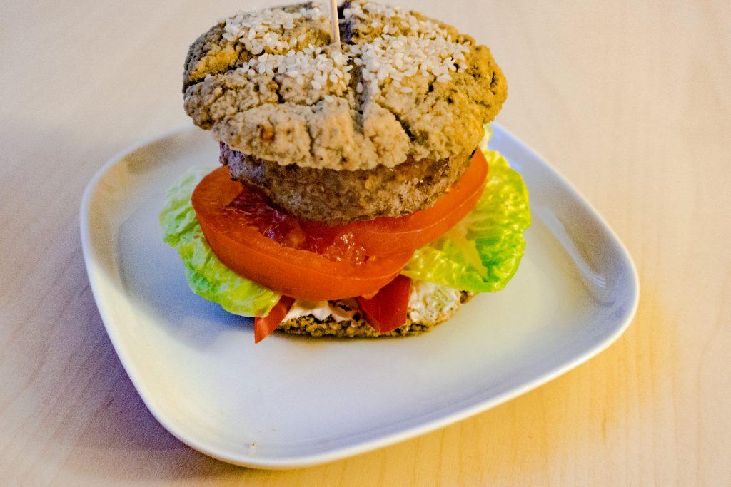 Domowe burgery domowe bułki LCHF